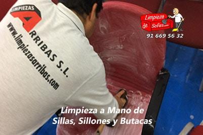 Limpiar Sillas, Sillones y Butacas a Mano